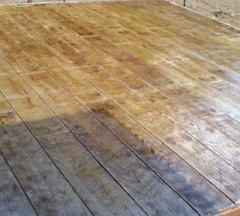 beton amprentat lemn